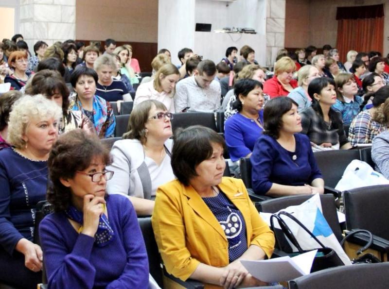 В Хакасии прошел республиканский педагогический марафон по проблемам сельских школ