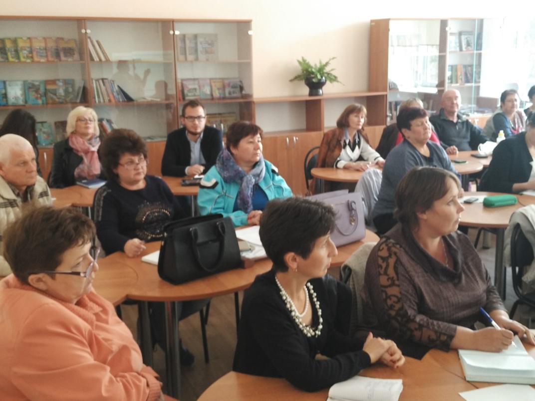 Учителя истории Ростовской области посетили семинары по ИКС и финансовой грамотности