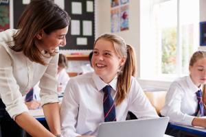 Какие компетенции нужны современным школьникам, и формирует ли их школа?
